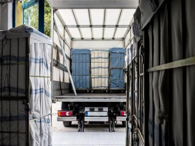 A tiszta termékek megbízható szállítása