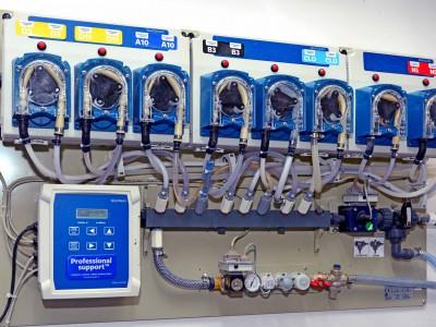 Der Flüssigwaschmittelspender garantiert eine gute Waschqualität